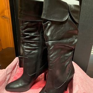 NEW in box! Steve Madden Selia Boots